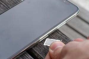 iPhone X und UPC Nano SIM
